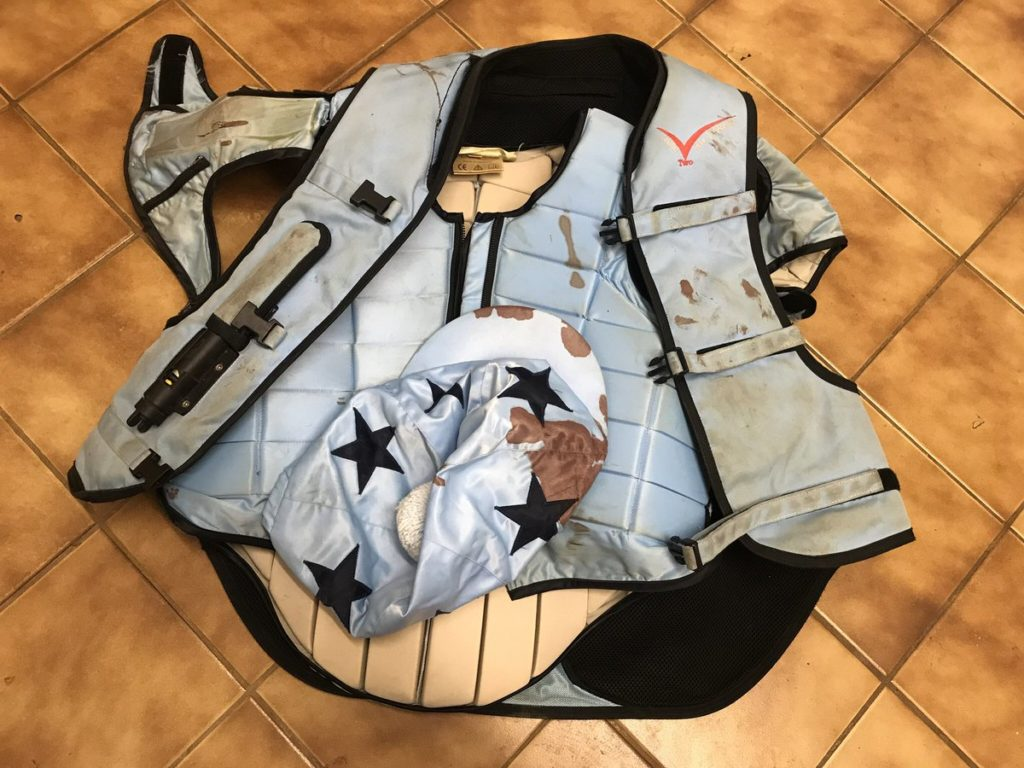 air vest first aid